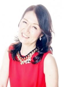 yukiko赤の服