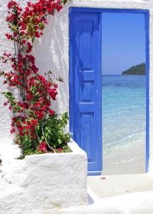 ドアの向こうは海